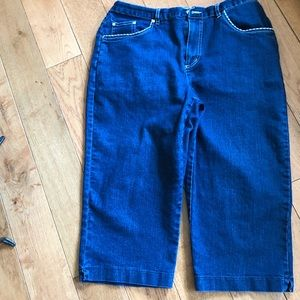 Dungaree capris with white trim and elastic waist